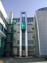 Commercial building lift oil barrel